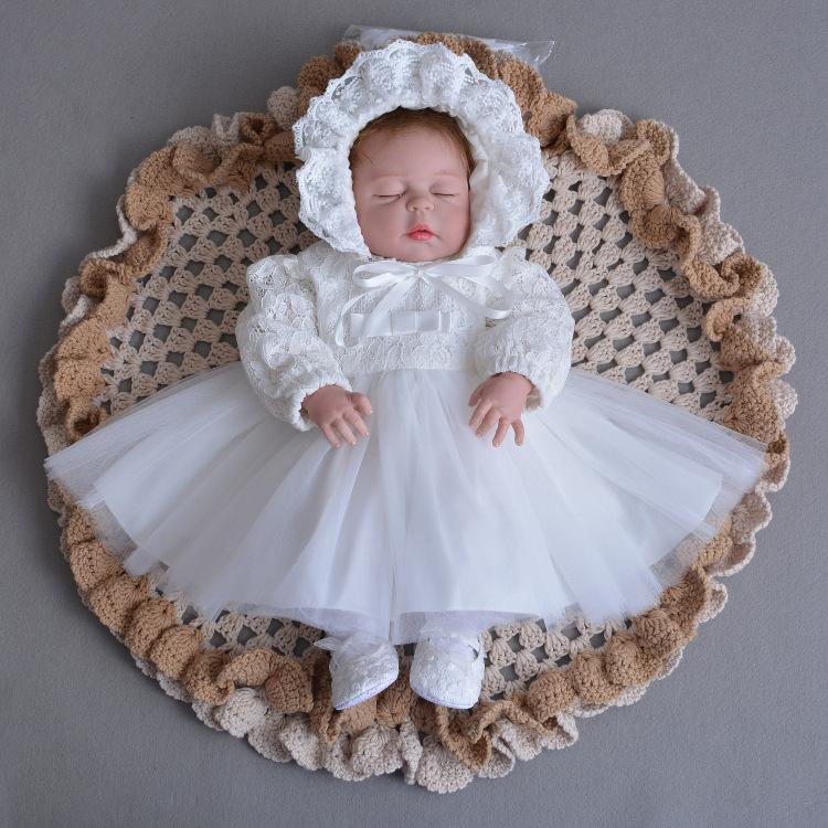 Prezent dla 8, 9, 10 miesięcznego dziecka : Ubrania dla noworodka czy zabawki?Jak odpowiednio wybrać8