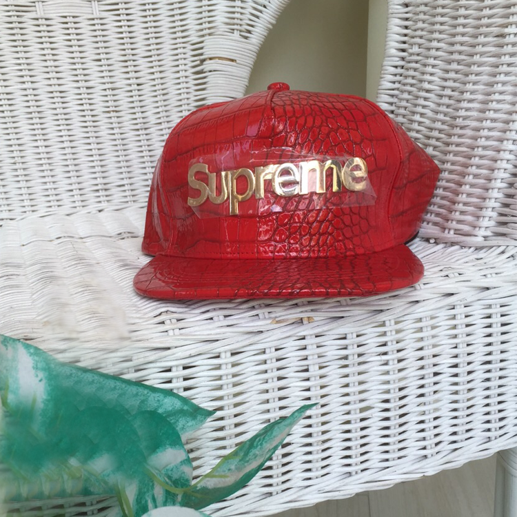 S Red Snapback by Le Tea Boutique