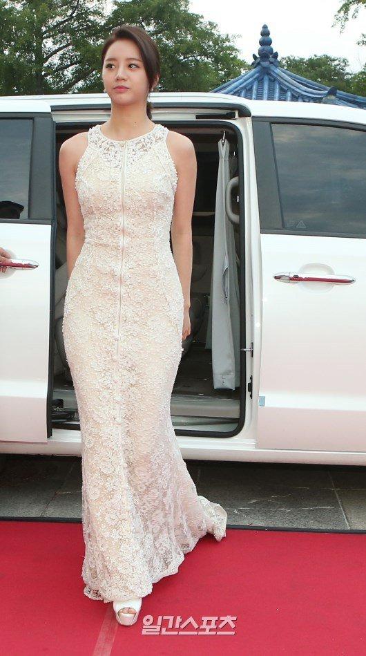 hyeri gown 12