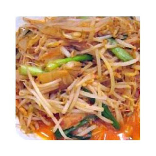 Kimchi Fried Bean Sprouts