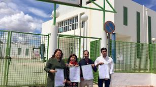 La portavoz del PP-A, Carmen Crespo, junto a Rosa Mª Cano, alcaldesa de Mojácar, Daniel Rodríguez y Fco. J. Soler.