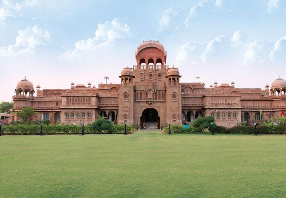 travelogged-17-things-to-do-bikaner-laxmi-niwas-palace_image