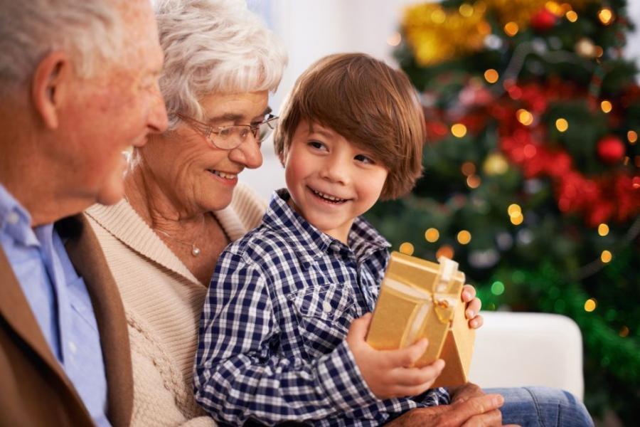 grandparents-help-xmas-