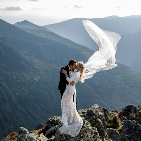Wedding photographer Wojtek Butkus (butkus). Photo of 17.02.2018
