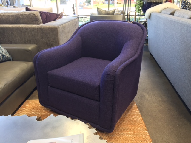 2702 Swivel Chair