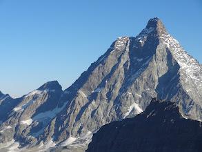 Photo: Vue depuis côté Italien (Plan Maison) (On voit bien le plat juste avant le sommet qui est le Pic Tyndall 4241m)
