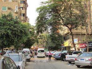 Photo: Calles Sorya (Siria) y El Higaz. Entro por esta esquina y me encuentro con...