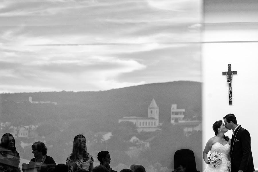 Wedding photographer Paulo Guanais (guanais). Photo of 14.02.2014