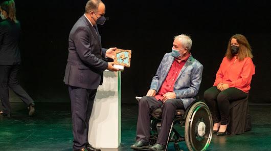 La Junta premia a Verdiblanca por su dedicación a las personas con discapacidad