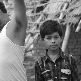 stare by Ravi Shankar - People Street & Candids ( village, stare. look, kid )