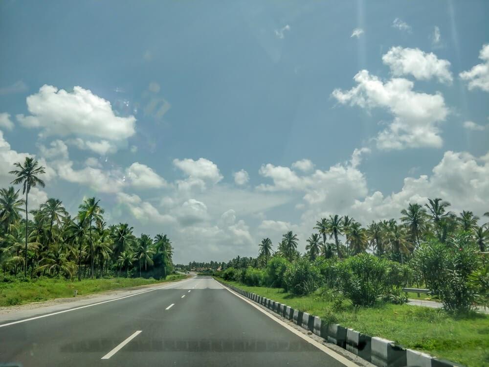 road+to+madikeri+coorg+karnataka+india