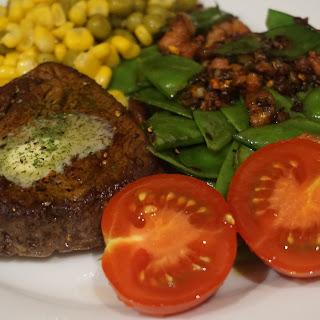 Fillet Steak Witch Mange Tout Peas Is Pancetta Recipe (low Carb Main Food)