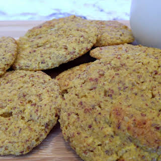 Soft n' Chewy Low Carb Cookies.