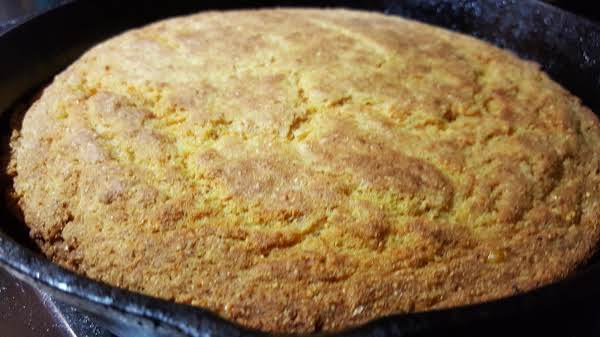 Amazing Creamed Corn Cornbread Recipe