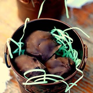 5 Ingredient Mounds Bar Coconut Balls.