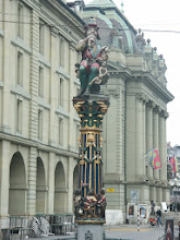 Photo: Kindlifresserbrunnen  http://www.jenk.ch/?p=1407