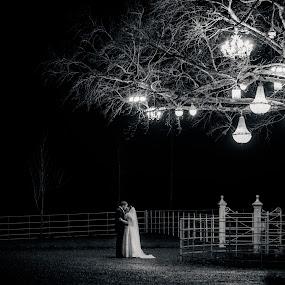 by Paul Duane - Wedding Bride & Groom