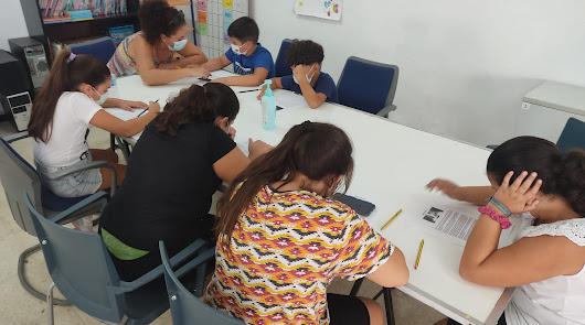 Los niños reinventan el Puche de la mano de la asociación Ítaca
