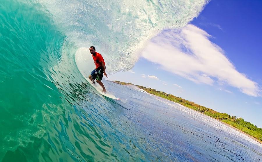 TR by Trevor Murphy - Sports & Fitness Surfing ( barrels, surfing, tmurphyphotography, randy townsend, costa rica )