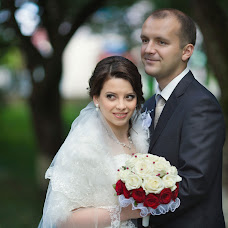 Wedding photographer Oleg Cyb (Pavu4ok). Photo of 22.04.2014