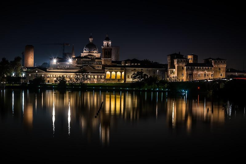 Mantova di notte di mauro_vincenzi