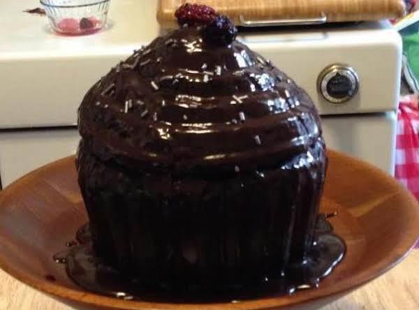 Giant Mocha Choc Cupcake W/blackberry Balsamic