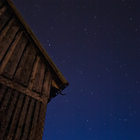 At dusk by Stefán Margrétarson - Landscapes Starscapes ( november, iceland, europe, sky, stars, dark, hafnarfjörður, night, evening, dusk )
