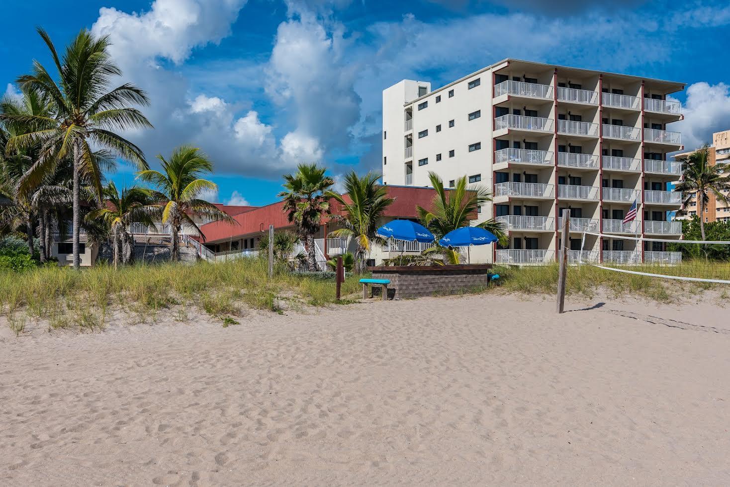 La Costa Beach Club Picture Number 6