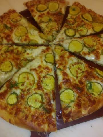 Garlic Dill Pickle Lovers Pizza