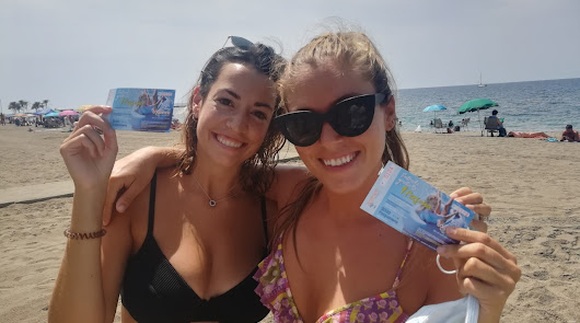 La SER arranca la semana en la playa de San Miguel para repartir premios