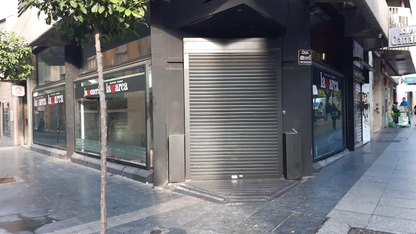 La tienda gourmet de Lamarca en el Paseo permanece cerrada desde enero.
