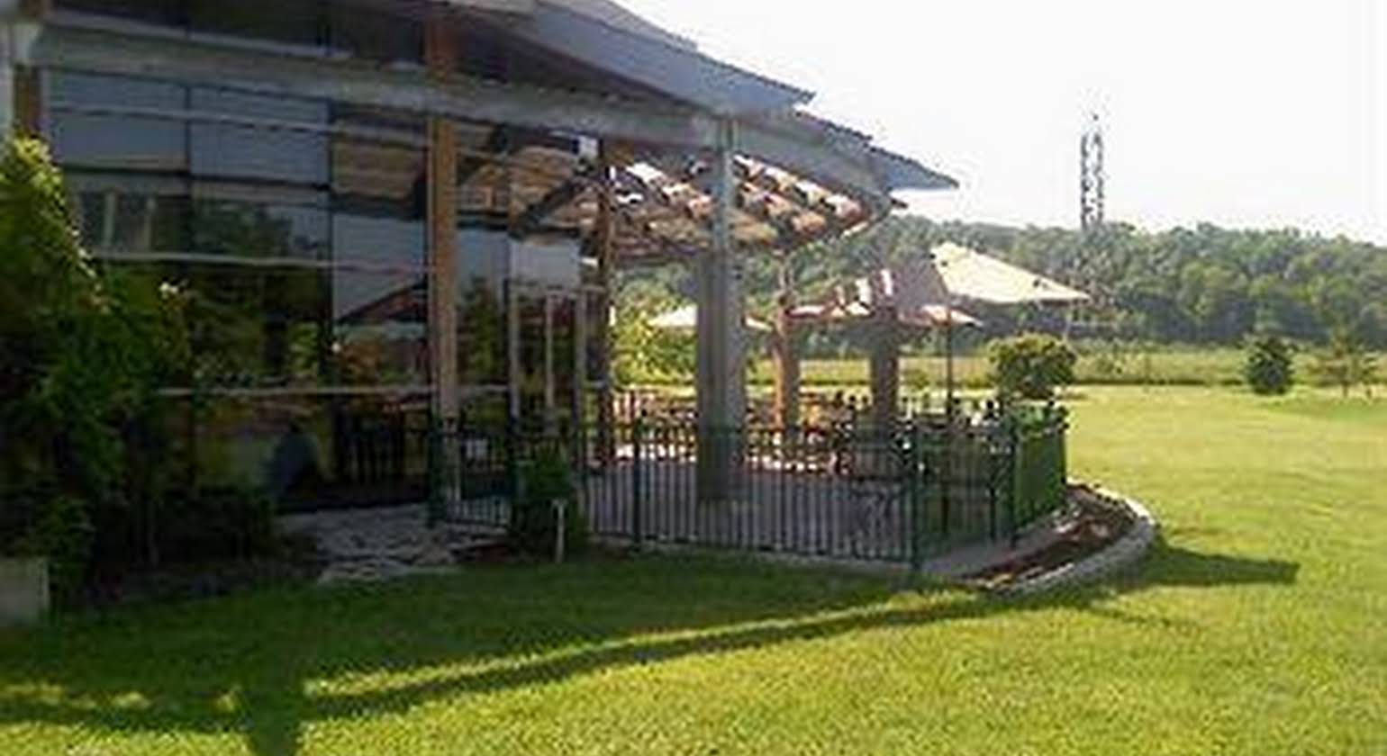 Residence & Conference Centre - Niagara-on-the-Lake