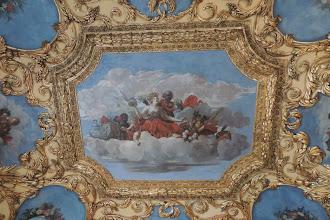 Photo: Schloss Caputh - Porzellankammer, das Deckengemälde zeigt eine auf Wolken thronende Borussia.