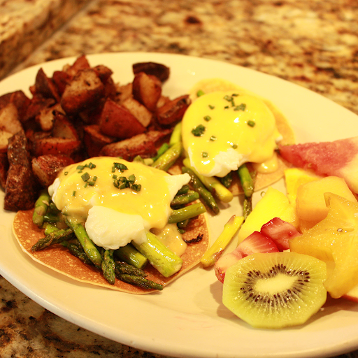 Spinach or asparagus Crepe Benedict