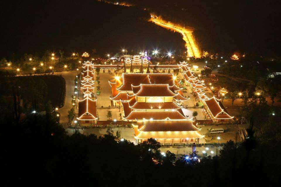 Chùa Ba Vàng Quảng Ninh