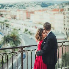 Wedding photographer Elina Kabakova (artvisionlv). Photo of 13.12.2018