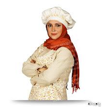 Photo: کمند امیر سلیمانی در نقش حوری خانم (سر آشپز)