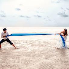 Wedding photographer Dmitriy Tomson (Thomson). Photo of 19.08.2016