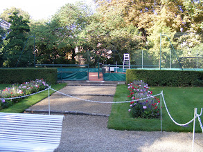 Photo: While the US Congress may have a gym, the French Senate has its own private clay tennis court!