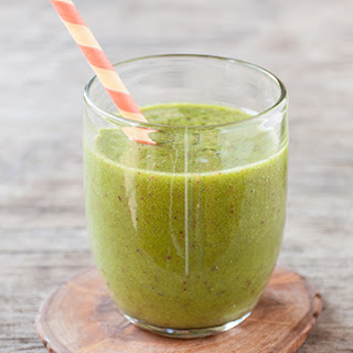Ginger-Peach Green Smoothie.
