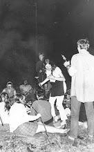 Photo: Wrzesień 1970 - ognisko II klsy (tkactwo), wychowawca: Z. Krawczyk