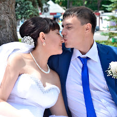 Wedding photographer Yuliya Rozanova (NovayaRoza). Photo of 18.05.2016
