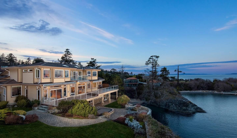 Maison avec piscine et terrasse Victoria