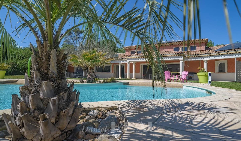 Property with pool Brignoles