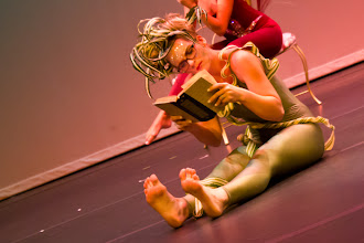 Photo: Grass Choreographer: Michelle Brown Dancer: Lacey Wallis Photo By: Stan Plewe