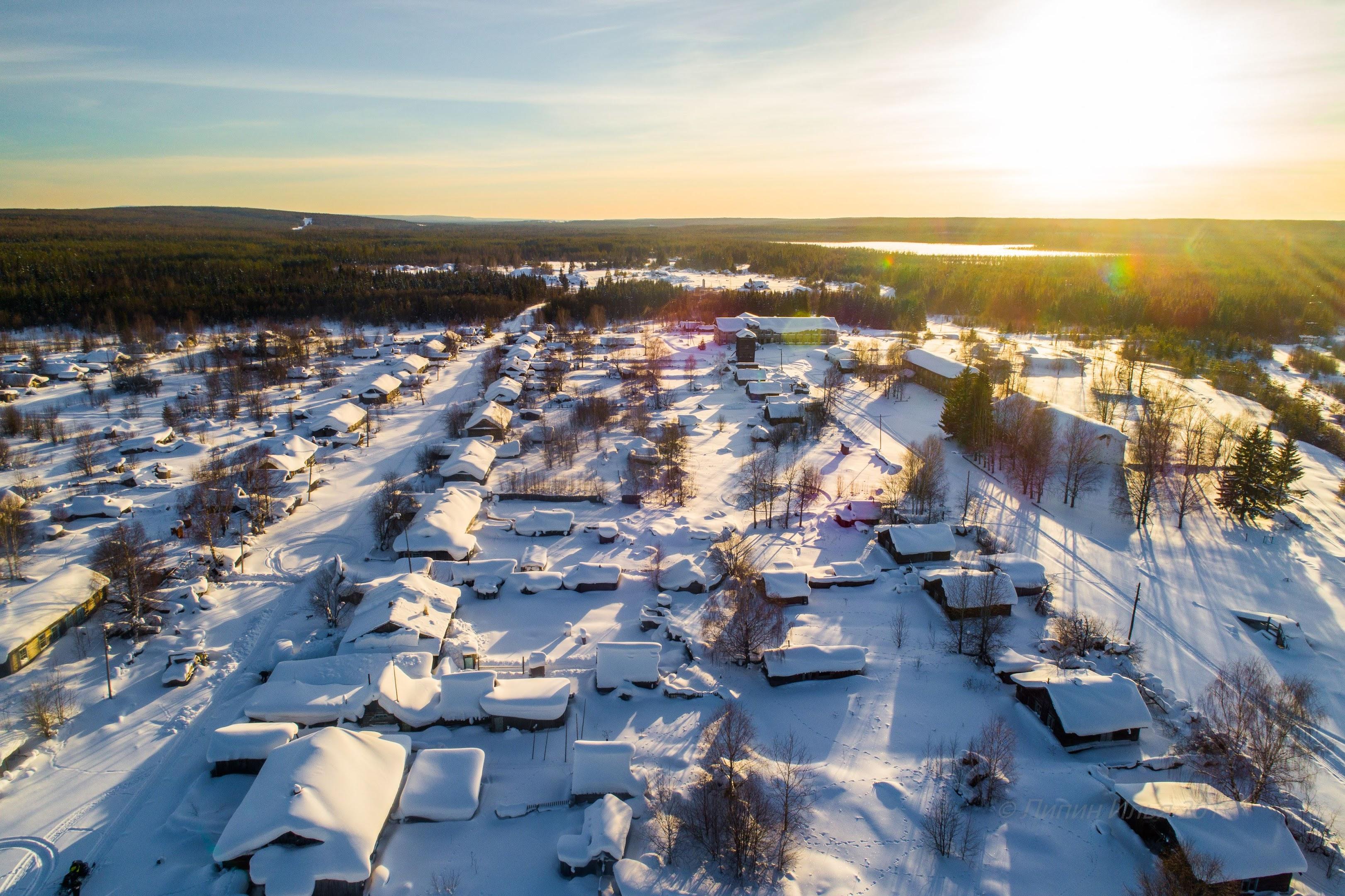 Главные улицы поселка Пионерская и Наберженая.