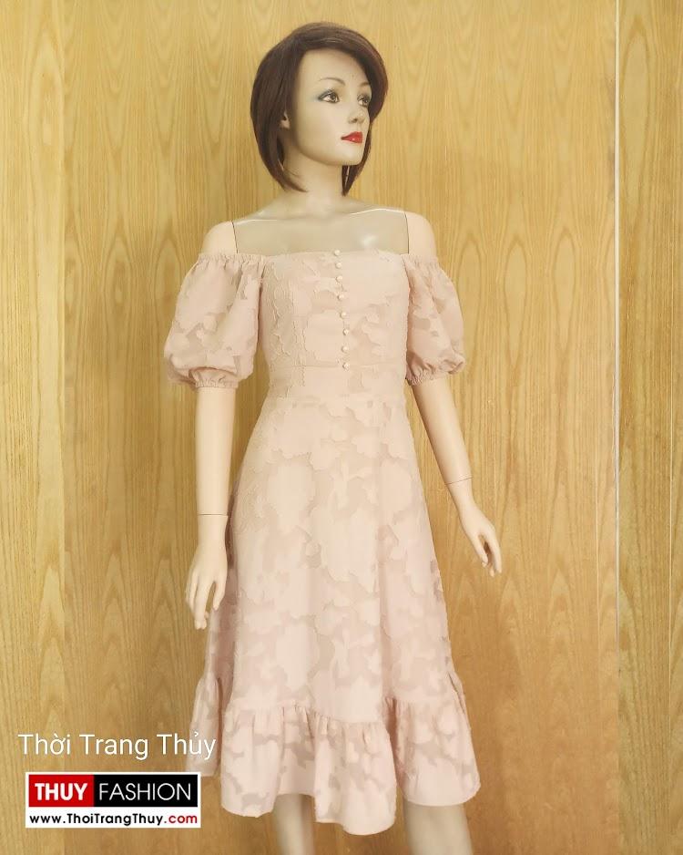 Váy xòe tay bồng cổ vuông vải ren V676 tại đà nẵng