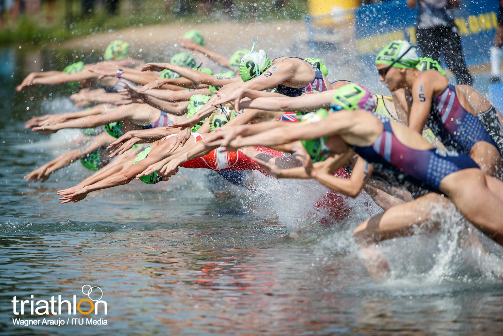 WTS Edmonton kobiety skok do wody.jpg