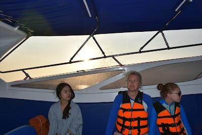 Ride by speedboat from Krabi to the Koh Phi Phi Leh