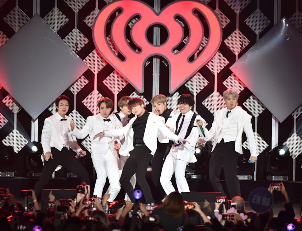 BTS-at-KIIS-FM-2019-Jingle-Ball-in-LA